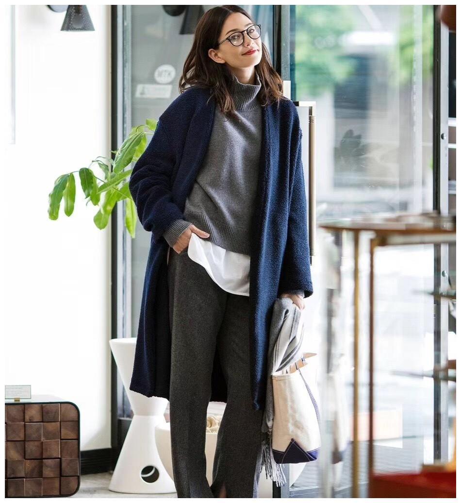 中年女性想要穿出高级美,试试这三组减龄穿搭法,实用保暖又时尚