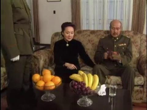 影视:蒋介石要授予74师张灵甫青天白日勋章,张灵甫拒绝接受