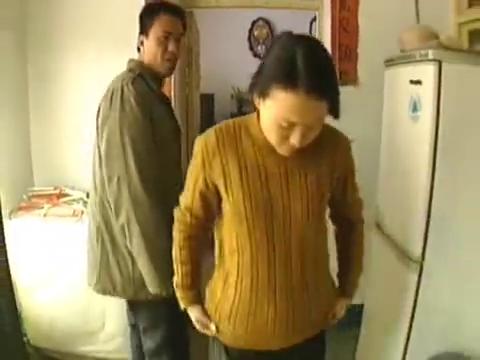 命案十三宗:男子嫌弃妻子与别人聊天,妻子却说是为了买农药