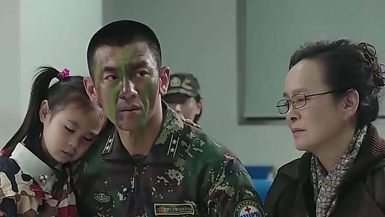 特种兵父亲生病住院,部队首长亲自来看望,面子真大