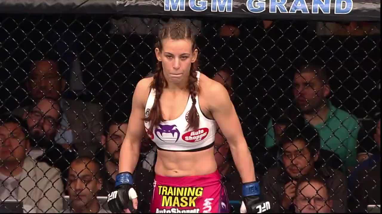 罗西 vs 塔特:一场比赛告诉你,女子对决可以有多燃!