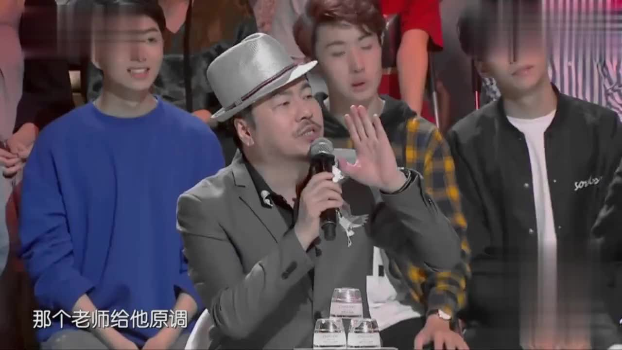 巫启贤多年之后再次演唱《太傻》永远无法超越的经典歌曲