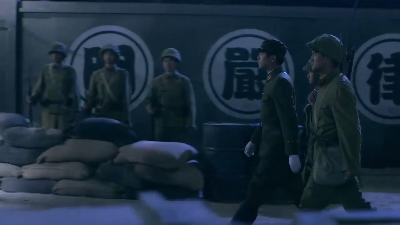 雪豹:周卫国以假乱真,大摇大摆走进鬼子军火库,佩服佩服