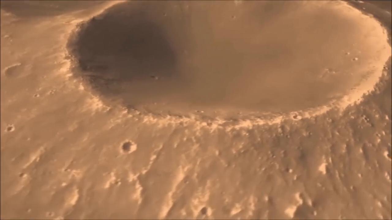 没错!你看到的正是火星表面,这里荒凉无比