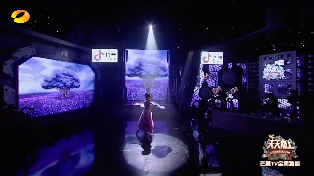 国脸舞者骆文博开跳《恋》,再现国家级峰会舞蹈,太惊艳了!