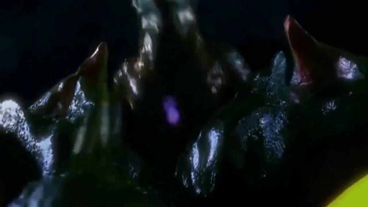 雷欧兄弟们齐聚一起,只为了打败这个黑暗化的奥特怪兽