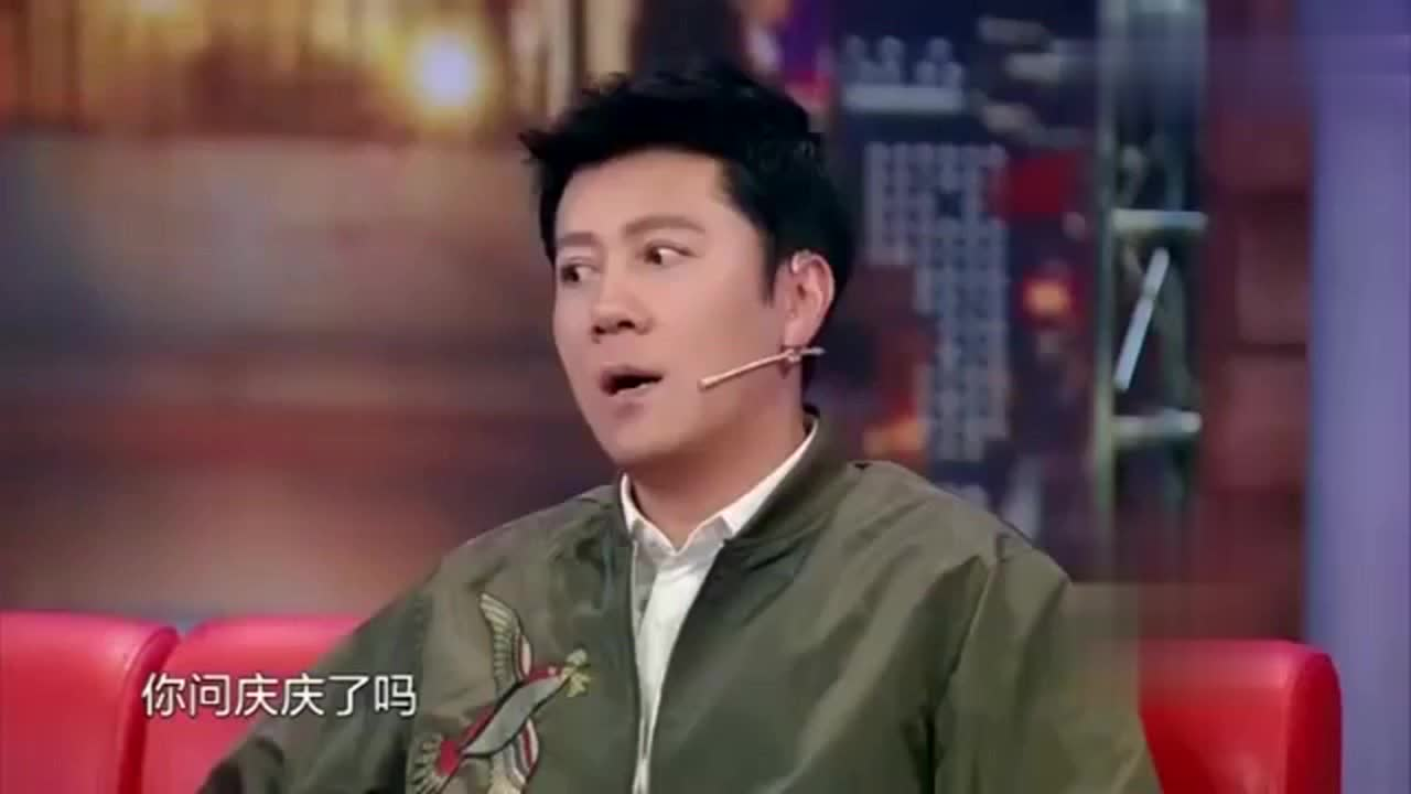 蔡国庆带儿子上节目,被问年龄时,儿子破口而出,真是童言无忌!