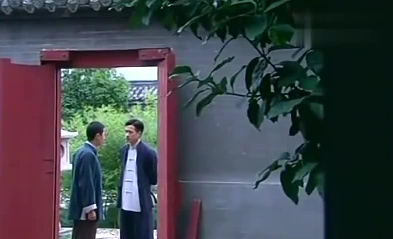 大丫鬟:心怡一直昏迷不醒,青羽偷偷来看她,谁知少陵大怒!