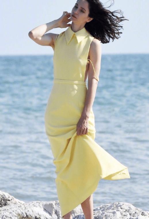 女人40岁别穿得太老气!跟好莱坞明星凯瑟琳穿,照着穿端庄又大