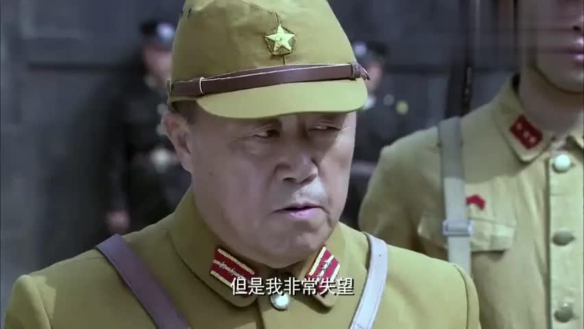 铁血武工队:武工队为王亮送枪,不料遭遇监狱长,境况危急!