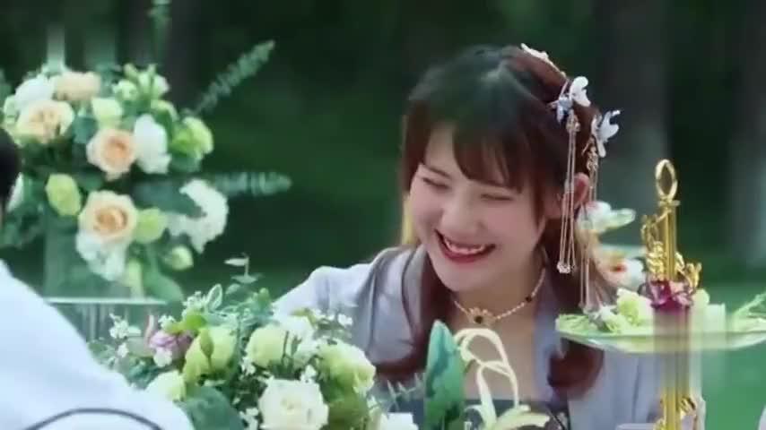 姜潮:天王盖地虎小麦一米五,麦迪娜怒怼:我一米七!应采儿大笑