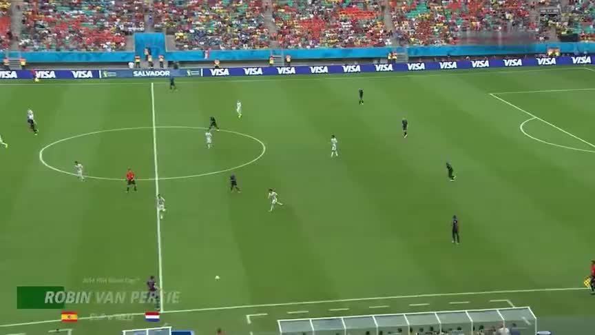 世界杯经典进球,范佩西惊世一跃打蒙卡西利亚斯!