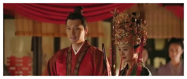 冯绍峰又发现儿子血型对不上!已与赵丽颖离婚?两人又出事了吗