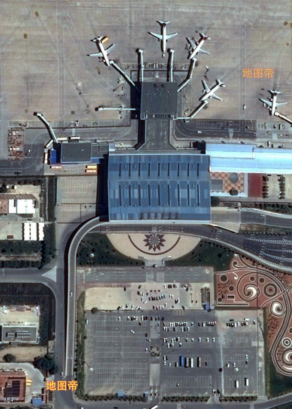航拍兰州中川国际机场,距离兰州市中心约75公里
