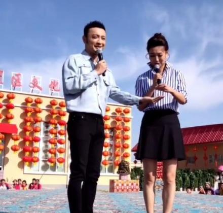 新闻主播李梓萌脱下假发大变样,罕见热舞青春十足,43岁仍单身