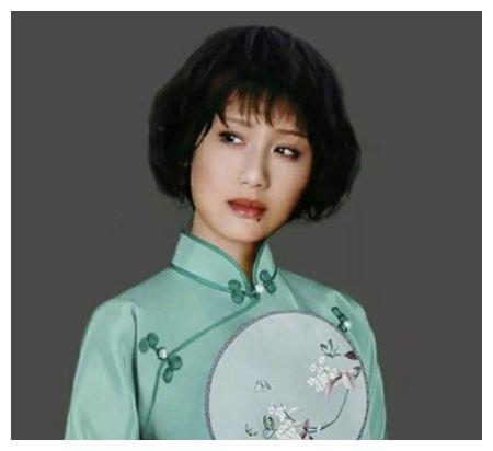 她比刘晓庆还红,和著名导演同居27年不结婚,如今63岁成这样?
