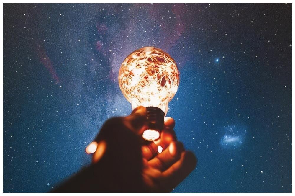 12星座中,谁是那个爱想太多,患得患失,焦虑到不行的星座