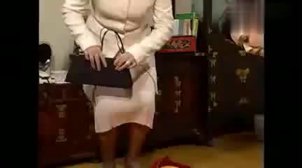 影视:蔷薇妈向李女士诉苦,恨蔷薇甩了贵公子,都别搭理她
