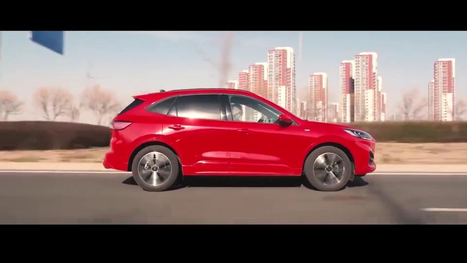 这款合资SUV全系四驱+铝合金悬架,动力不输宝马3系,还兼顾家用