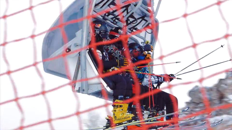 """解锁另类的滑雪方式,""""异滑到底""""预告"""