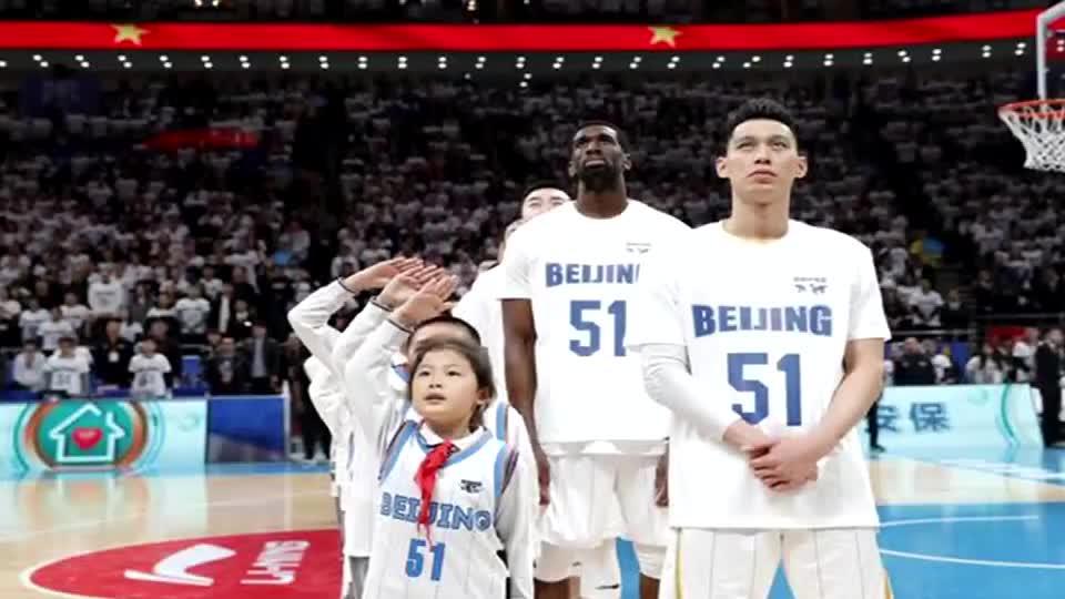 永远的51号!这一夜北京男篮为吉喆而战 你的故事不会被人遗忘