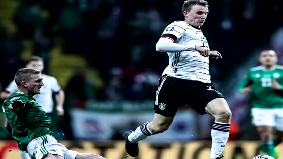 重夺小组第一!格纳布里帽子戏法 德国6比1大胜北爱尔兰