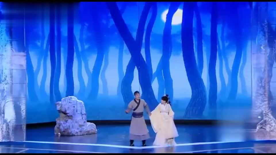宋晓峰:这里比较安全!李念:这安全?一片杨树林!笑喷
