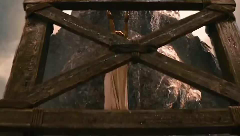 美杜莎之眼石化百米高巨魔,古希腊神话元素的大片