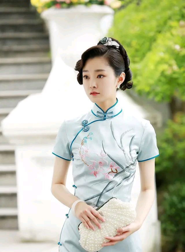 穿上旗袍的宋轶,简直太漂亮了