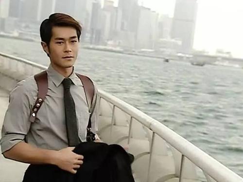 对比年轻时,古天乐郭富城刘亦菲脸变方了,颜值暴跌,基因问题?