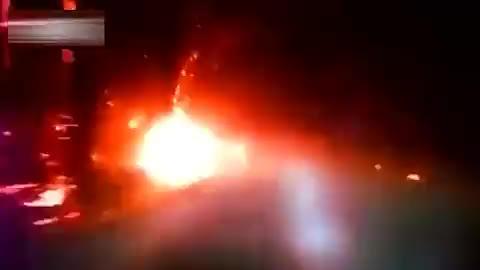 监控拍下轿车遭遇火山爆发,太可怕惊险了