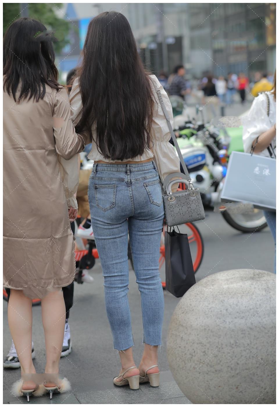 泡泡袖方领收腰上衣搭配牛仔裤, 修身显瘦, 优雅有气质
