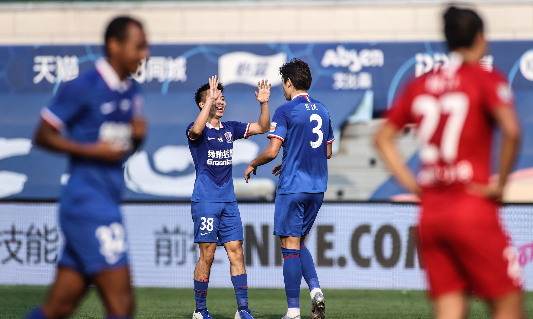 足球——中超:上海绿地申花队胜河南建业队