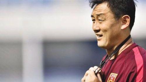 中国首位加入英格兰名人堂的球星,是大连队的绝对核心,今成赢家
