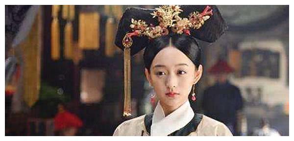 十二岁嫁于雍正,前半生受尽委屈,诞下乾隆,后崩于八十六岁