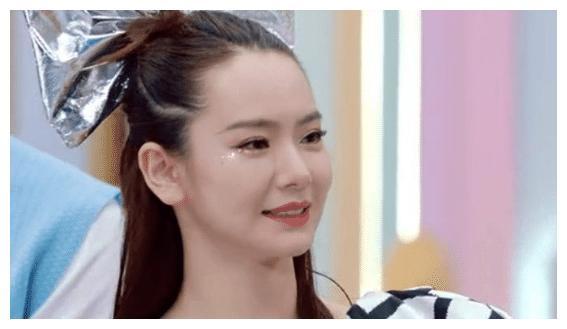 被误认为中国血统的明星,戚薇中韩,杨颖中德,看到包贝尔懵了!