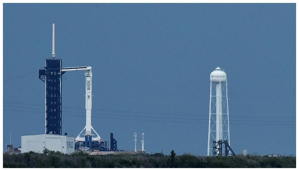 """由于天气原因 SpaceX推迟""""龙""""飞船载人航天发射"""