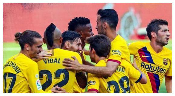 西甲积分榜:一场1-0让巴萨紧追皇马,苏亚雷斯低迷!马竞稳居前3