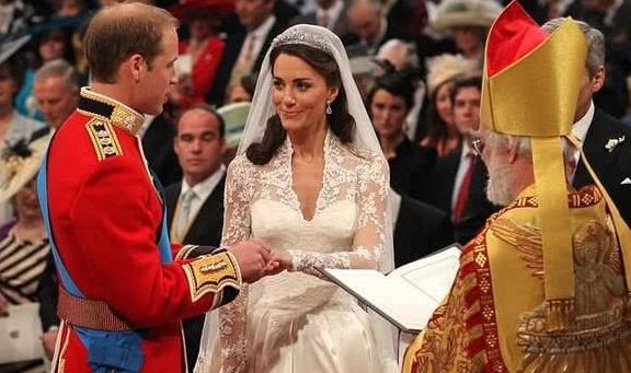 凯特王妃与威廉王子结婚纪念日女王送厚礼 受封仪式将择日举行