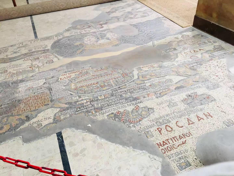 游览 西亚 约旦 米底巴 圣乔治教堂