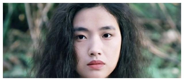 吴倩莲的脸真不错,多么迷人的单眼皮
