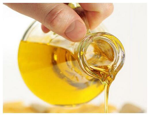 花生油、菜籽油、玉米油、菜花籽油哪种更好呢?看完后终于明白了