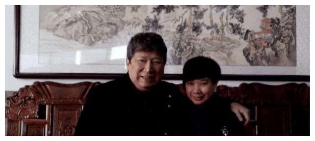 41年前,善人李春平被大39岁女星看中,当初继承70亿遗产如今怎样