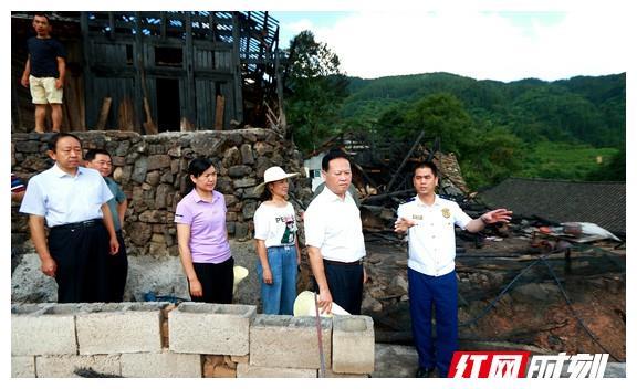 叶红专:做好救助帮扶和灾后重建 不让一名群众因灾致贫返贫