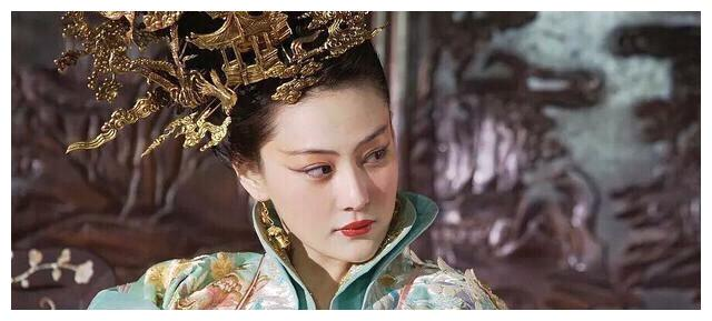 村妇进宫当奶妈,先嫁太监后爬龙床,3位皇子2位公主命殒她手