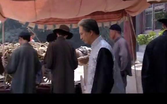 百年荣宝斋:小伙突然呕吐,被白衣鬼子围追堵截,这下完了!