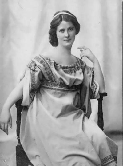 名人录:美国舞蹈家一一艾莎道拉·邓肯