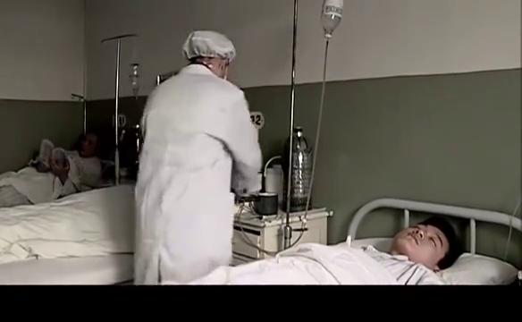李白玲见到当年不辞而别的初恋,一个护士一个病人,报仇机会来了