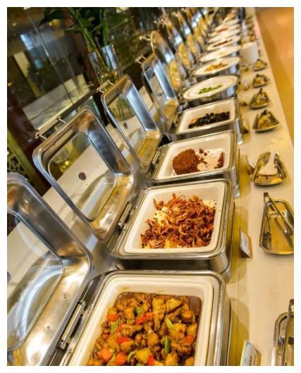 去吃自助餐时,这4种食物别再拿了,量多还占地方,吃多回不了本