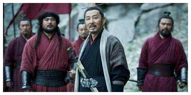 刘邦灭项羽当上皇帝后,为何最先收拾的是韩信,而非其他诸侯王?